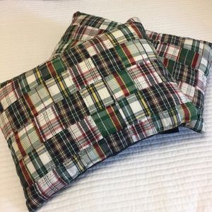 Set of 2 plaid fabric pillows with envelope close